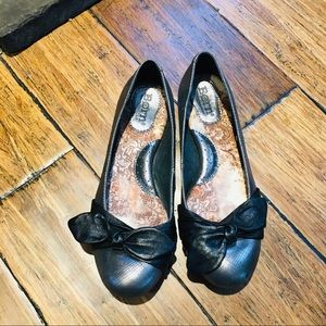 Born Leather Flats Metallic Bronze